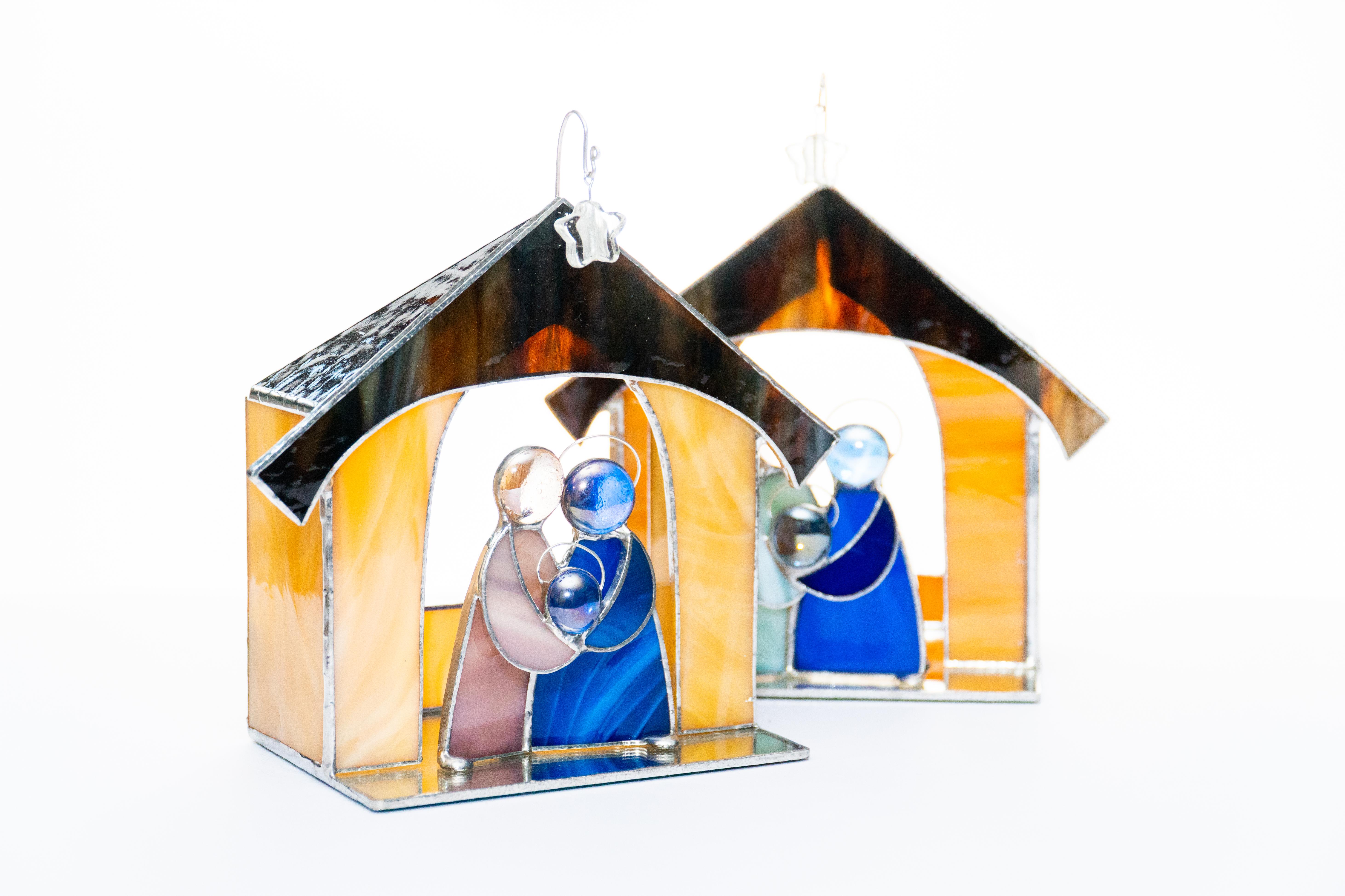 Nativity by Carolyn Morgan